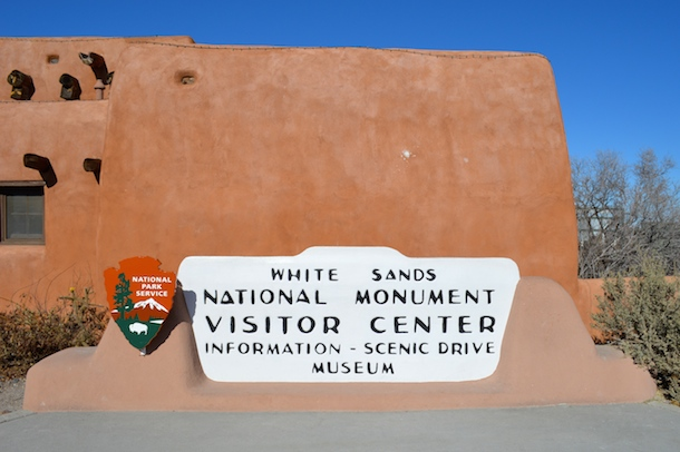 white-sands-national-monument-sign