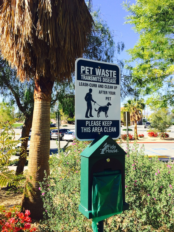 dog-poo-bag-palm-springs