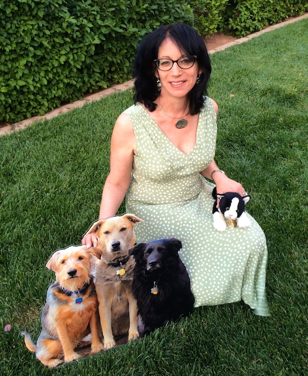 susan-willett-life-with-dogs-and-cats